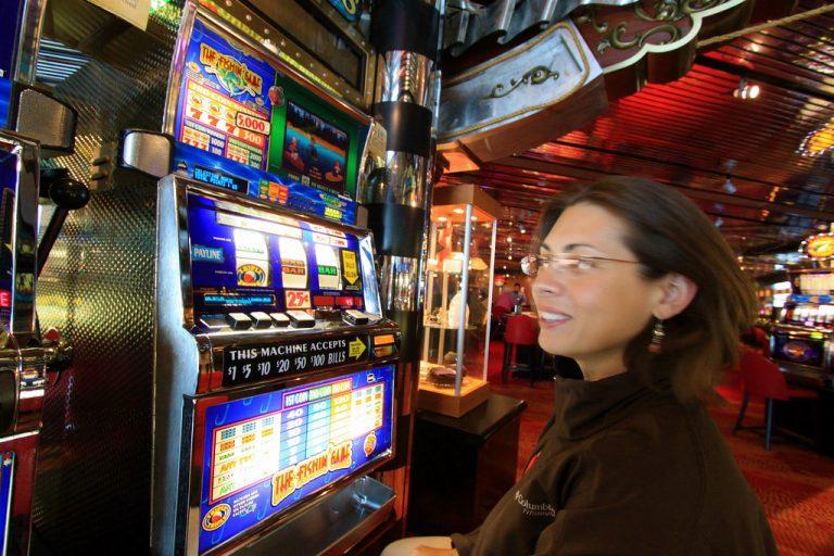 What Are The Major Bonuses Provides By Easy Slot for Joer123 Slots Gambling?