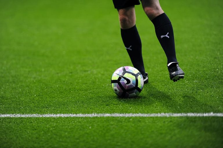 How to become a professional soccer forecaster?